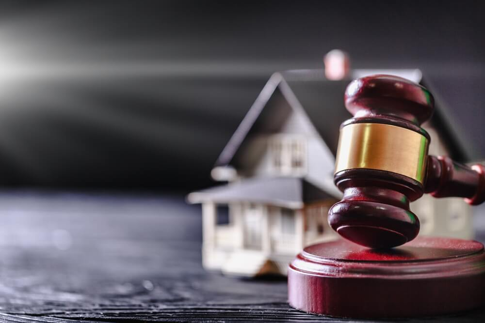 8 Considerations When Dividing Property in Divorce